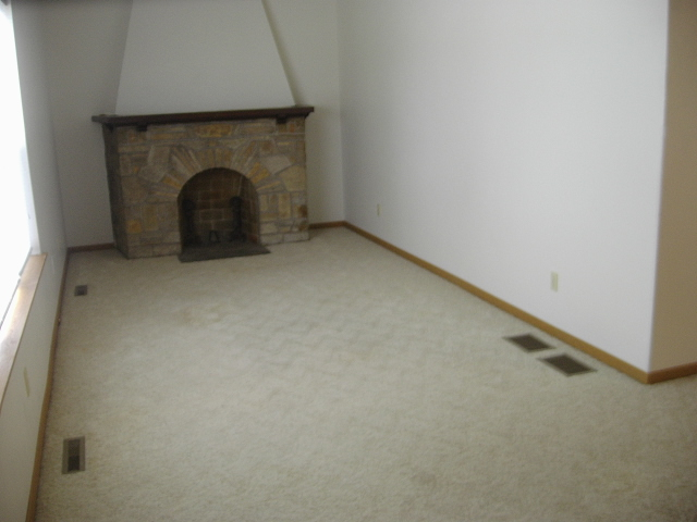 913 N11TH, MANITOWOC, Wisconsin 54220, ,Duplex,For Sale,N11TH,2,1014